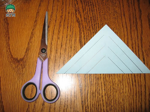 小雪花简单剪纸步骤图解